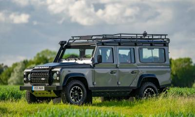 Land Rover Defender 110 Adventure 2015